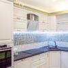 Белая угловая кухня в классическом стиле в Калининграде