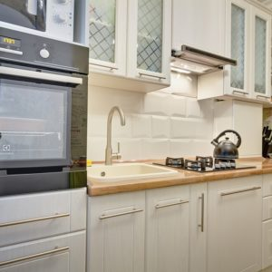 Кухня из дерева на заказ в Калининграде